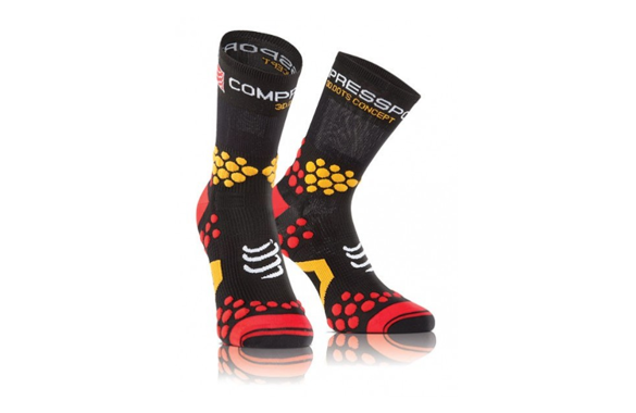 COMPRESSPORT PRORACING SOCKS V2.1 TRAIL czarno-czerwone