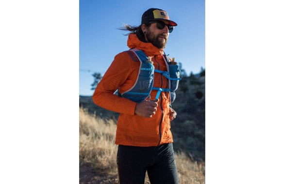 ULTIMATE DIRECTION AK MOUNTAIN VEST 5.0 SS20 granatowy - 13,4l